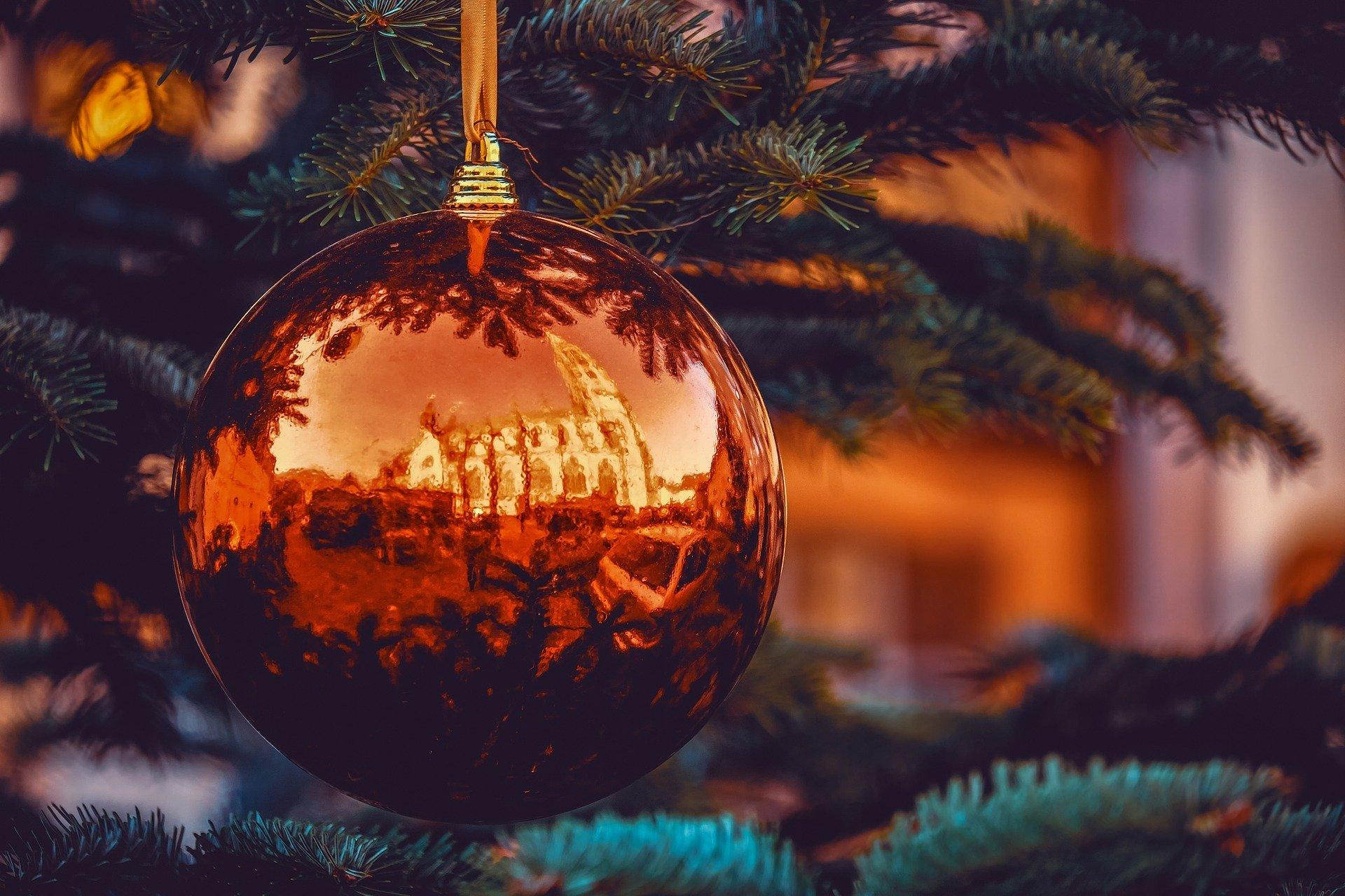 Online firemní večírek, vánoční dekorace