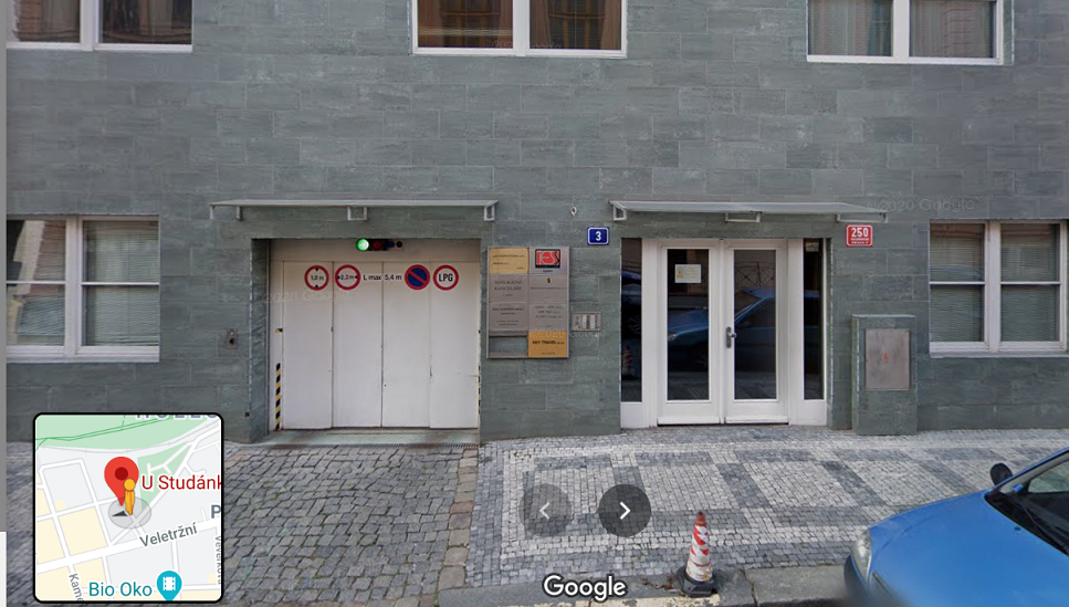 Vchod do budovy - TESS promotion