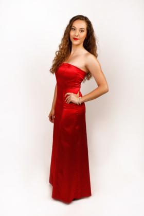 Červené saténové šaty, dlouhé
