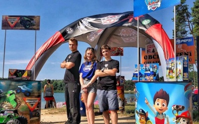 Hostesky a promotéři na Summer Adventure 2020